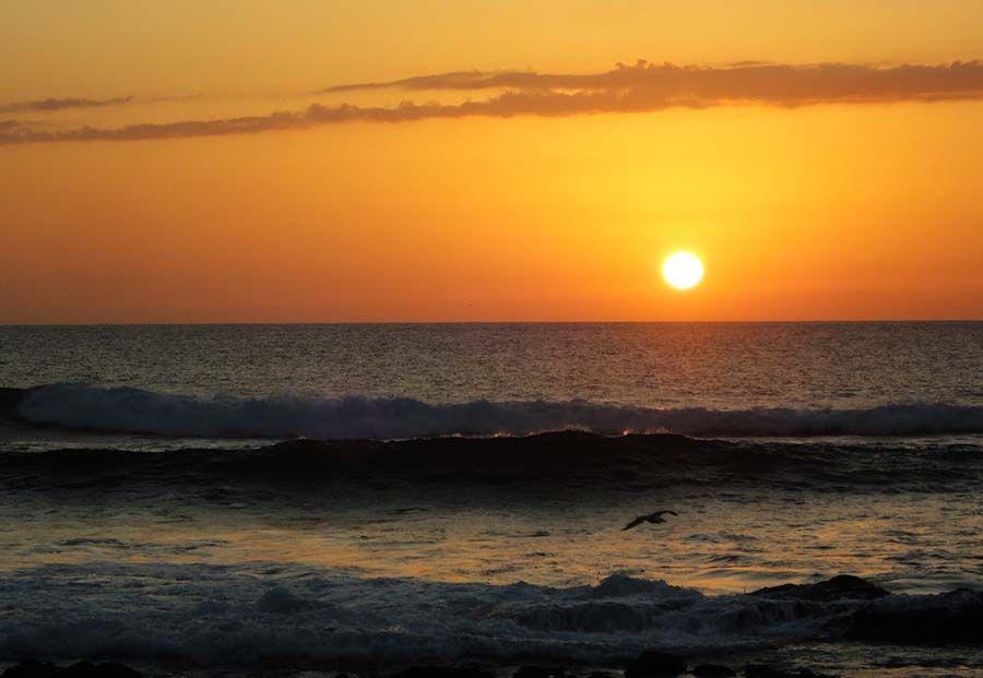 Puesta de Sol en Lanzarote - Tusguiasdeviaje