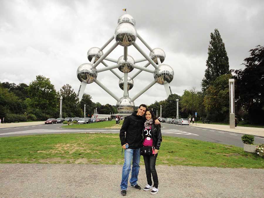 Visitar el Atomium de Bruselas - Tusguiasdeviaje