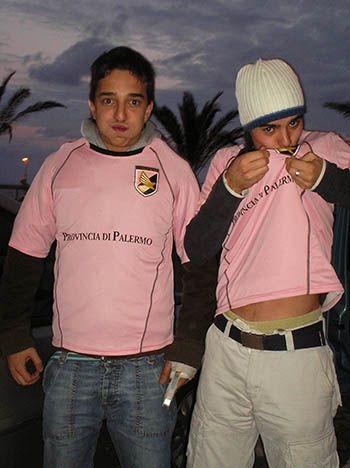 La importancia del futbol en Sicilia - Tusguiasdeviaje