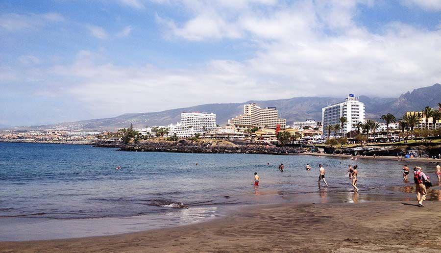 Mejores playas en Tenerife Los Cristianos - Tusguiasdeviaje
