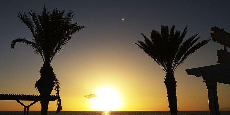 puesta-de-sol-en-los-cristianos-tenerife