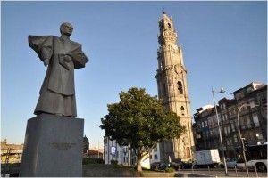 Que ver y visitar en Oporto - iglesia de los clérigos
