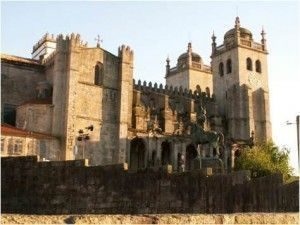 Turismo en Oporto - Catedral de Oporto