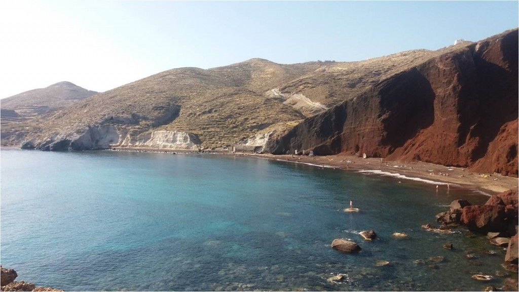 Playa de Red beach en Santorini - Grecia