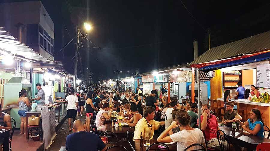 Restaurantes en Puerto Ayora - Islas Galápagos - Calle de los Kioskos