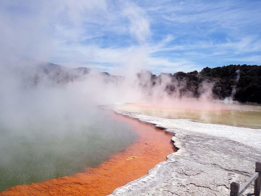 3 - Rotorua water thermal (23)M