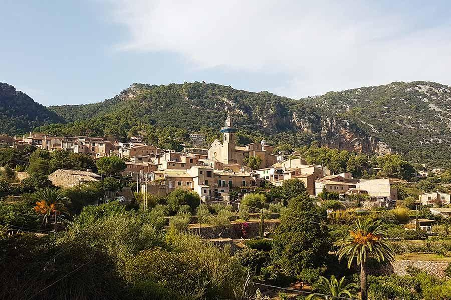 Pueblo de Valldemossa - Sierra de la Tramuntana