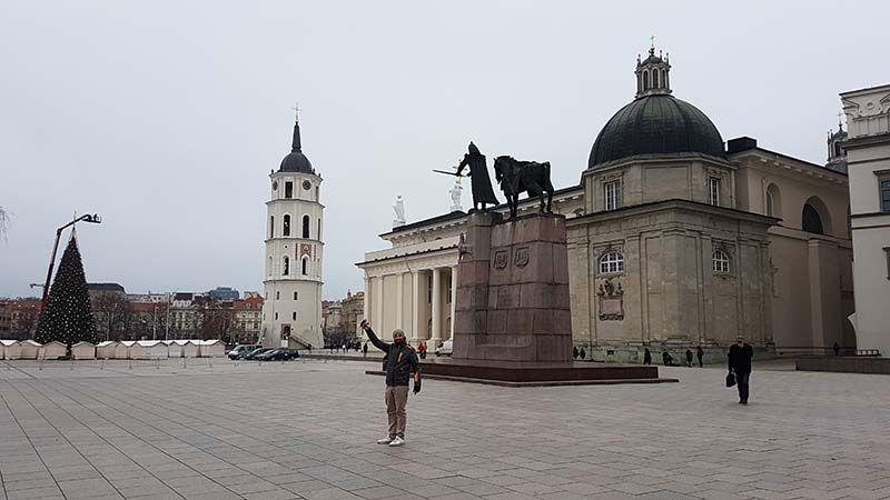 Que ver en Vilna - Plaza de la Catedral