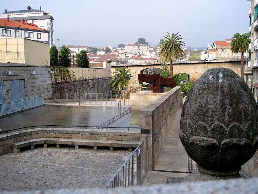 Espacio_termal_en_Las_Burgas_Espazo_térmico_en_As_Burgas-Ourense