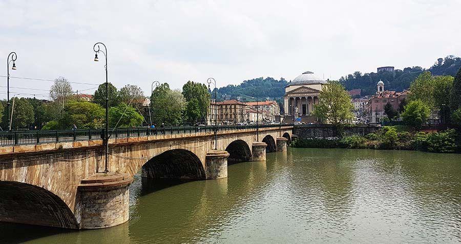 Santuario de los caídos en la Primera Guerra Mundial Turin