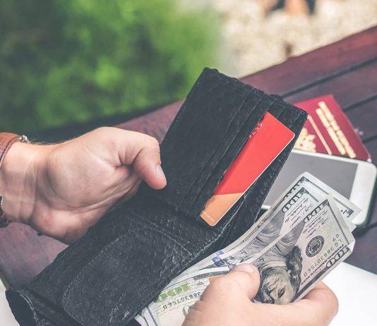 viajar-con-efectivo-o-tarjeta-de-credito