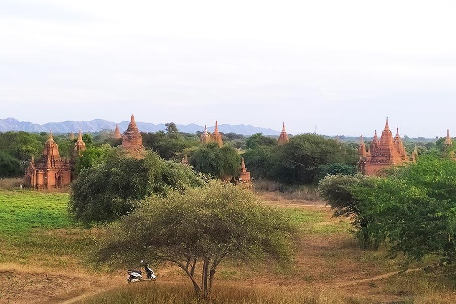 Atardecer-en-Bagan