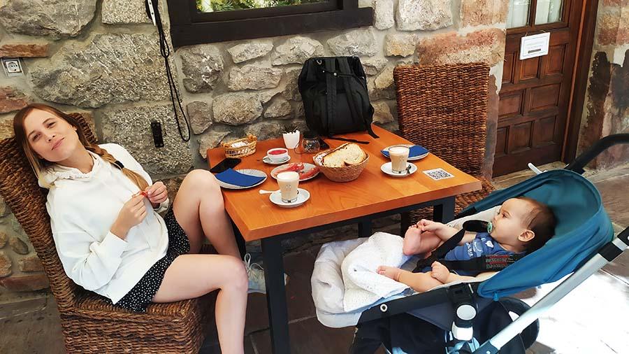 Desayuno en Picos de Europa - La Hermida